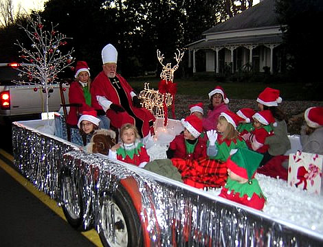 Christmas Float Ideas.Take A Look At Christmas Parade Theme Ideas Daily Roabox