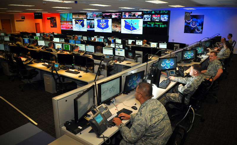 U.S Military Launches Cyber Attacks on ISIS (1)