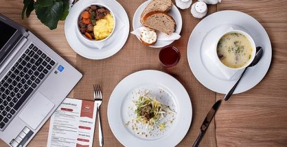 How Newbies Can Chow-Down On Success In The Food Biz